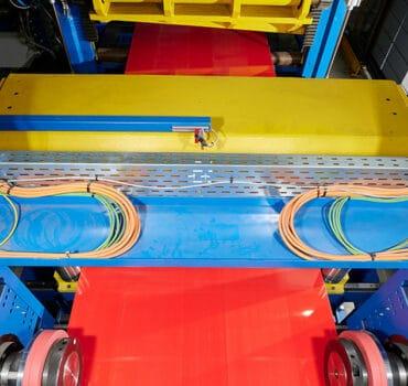 The next level of coil processing | b+s group | Burghardt + Schmidt. Das führende, international tätige Familienunternehmen seit 1945 in Sachen: innovative Maschinen und Anlagen zum Schneiden und Richten.
